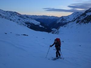 Aufstieg von der Martellerhütte zum Zufallferner in der Früh