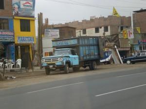 Auto in Lima
