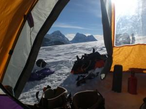 Blick aus dem Zelt im Hochlager