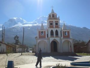Blick auf den Huascaran von Musho aus