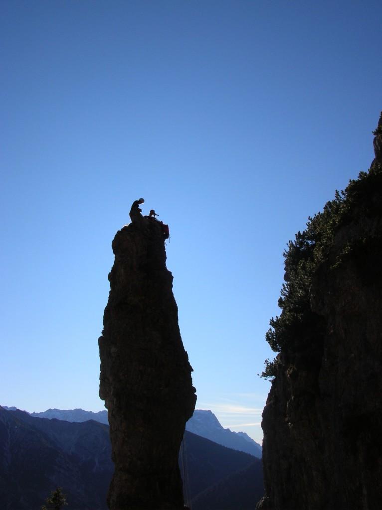 Einrichten des Standes am Gipfelkreuz