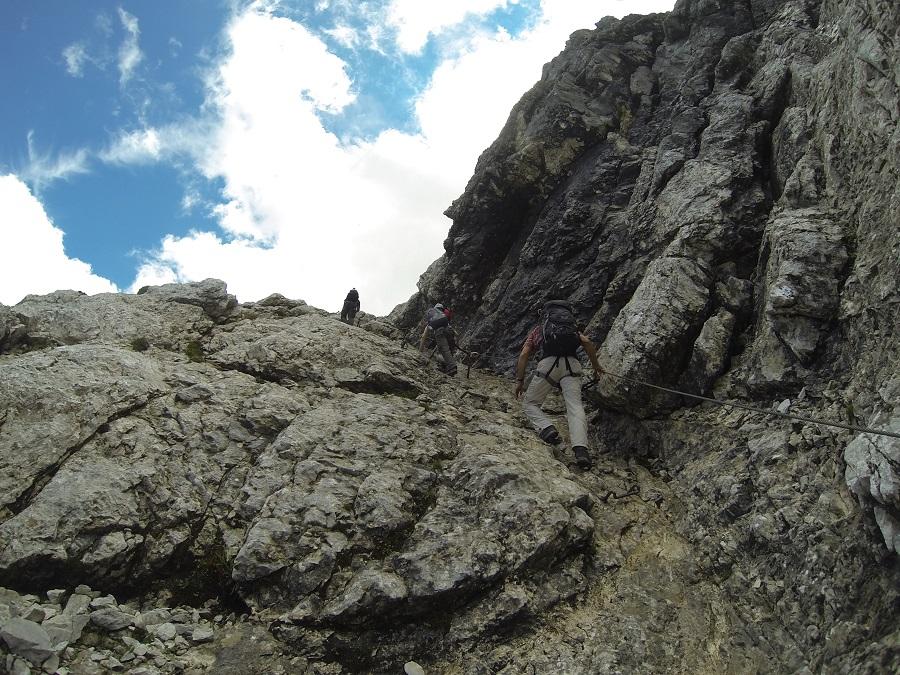Kletterausrüstung Leihen : Klettersteigset leihen garmisch partenkirchen bilder vom