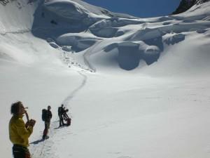 Weg durch den Gletscherbruch