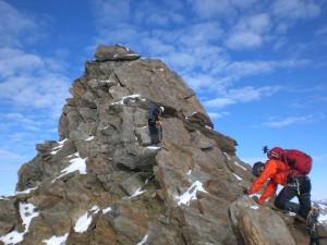 Kletterei am Gipfelaufbau